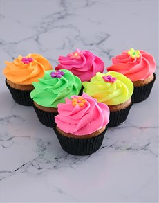 bakery: Fruity Spring Vanilla Cupcakes!