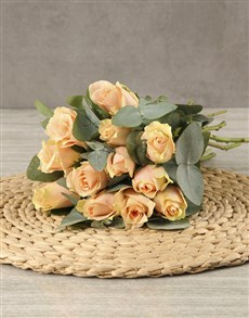 flowers: Perfect Peach Roses in Brown Paper!