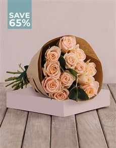 flowers: Pretty in Peach Roses Special!