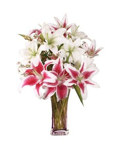 flowers: Lovely Lilies in Craft Paper!