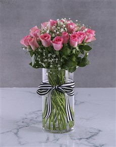 flowers: Pretty In Pink Roses Display!