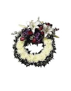 flowers: Sympathy Funeral Wreath!