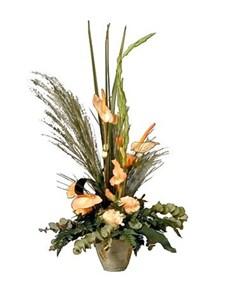 flowers: Traditional Triangular Display!