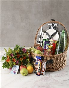 gifts: Fruity Surprise Picnic Basket!