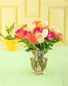 flowers: Vase of Assorted Roses!