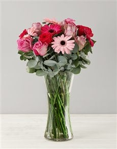 gifts: Cotton Candy Flower Arrangement!