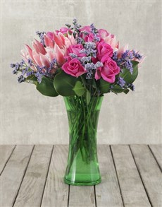 flowers: King Proteas and Roses in Green Flair Vase!