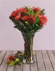 flowers: Pincushion Proteas in Small Flair Vase!