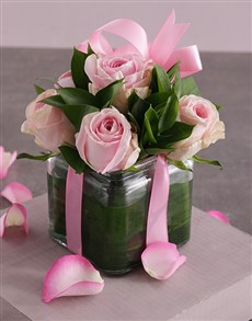 flowers: Pink Paradise in Glass Vase!