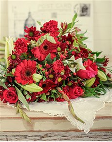 gifts: Red Flower Bouquet!