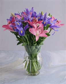 flowers: Irises and Pink Lilies in Clear Vase!