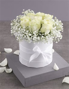 flowers: Pure White Roses in Hatbox!