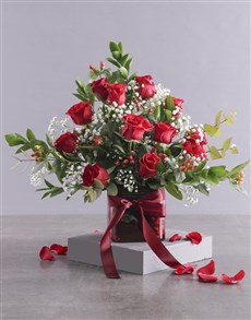 flowers: Red Rose Spectacular!