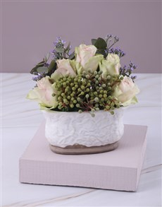 flowers: Pink Rose Flair Arrangement!