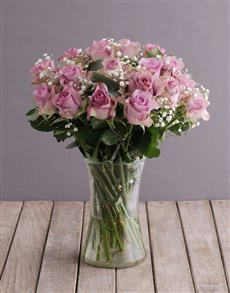 flowers: Lush Lilac Roses in Glass Vase!