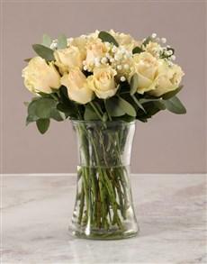 flowers: Graceful Peach Roses in Glass Vase!