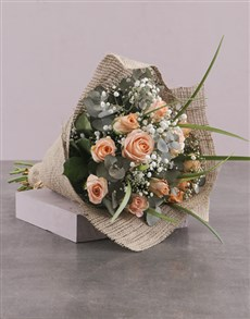 flowers: Rustic Peach Rose Bouquet!