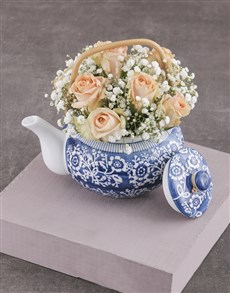 flowers: Peach Roses in Delft Teapot!