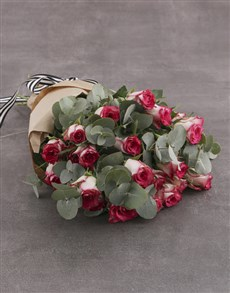 flowers: Variegated Rose Bouquet!