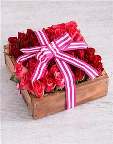 flowers: Romantic Rose Arrangement!