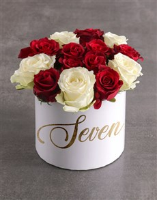 flowers: Personalised Sweet Mixed Flowers Hat Box!