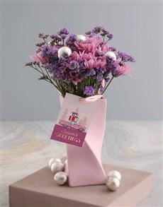 flowers: Cheerful Pink Sprays!