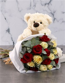 flowers: Delightful Mixed Roses in White Wrapping!