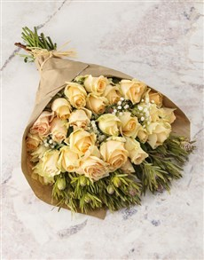flowers: Peach Roses and Million Stars Bouquet !