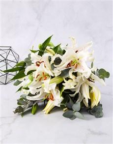flowers: Casablanca Lily Bouquet!
