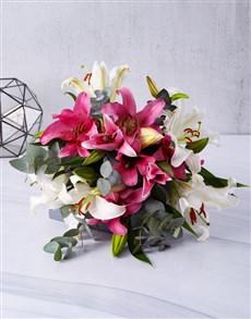 flowers: Flirty Lily Bouquet!