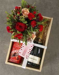 flowers: Red Roses of Romance Mixed Hamper!