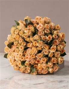 flowers: Grand Bouquet of Peach Roses!