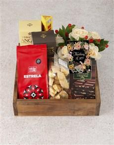 flowers: Cream Roses Gourmet Crate!