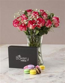 flowers: Romantic Pink Rose Arrangement!