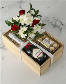 flowers: The Perfect Combo Rose Crate!