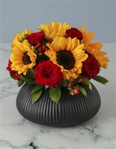 flowers: Luxurious Sunflower Arrangement!