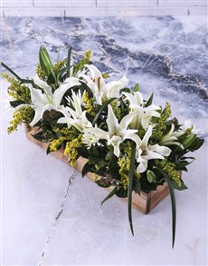 flowers: Rustic Lilies In Wooden Crate!