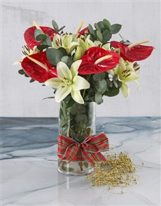flowers: Beautiful Anthuriums In Vase!
