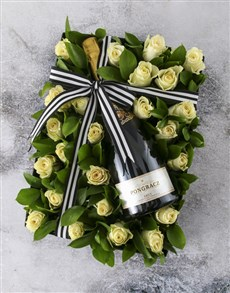 flowers: White Roses With Tasty Bubbles!