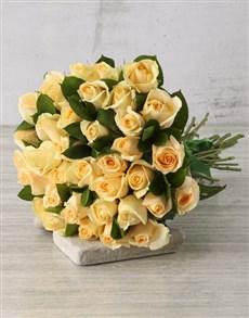 flowers: Simply Stunning Cream Rose Bouquet!