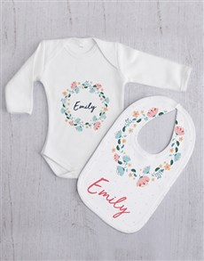 gifts: Personalised Floral Wreath Baby Gift Set!