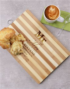 gifts: Personalised Mr and Mrs Wooden Chopping Board!