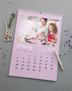 gifts: Personalised My Mom Wall Calendar!