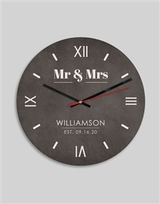 gifts: Personalised Mr And Mrs Clock!