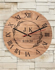 gifts: Personalised Initials Clock!