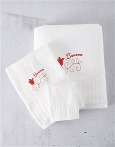 gifts: Personalised Red Embroidery Towel Set!