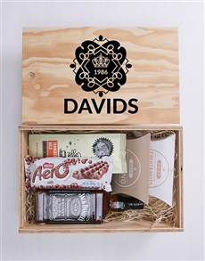gifts: Personalised Royal Man Crate!