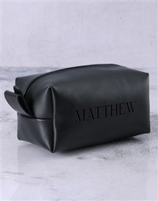 gifts: Personalised Leatherette Gents Black Wash Bag!