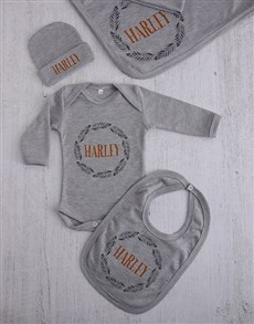 gifts: Personalised Leaf Wreath Clothing Gift Set!