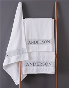 gifts: Personalised Scroll White Bath Towel Set!